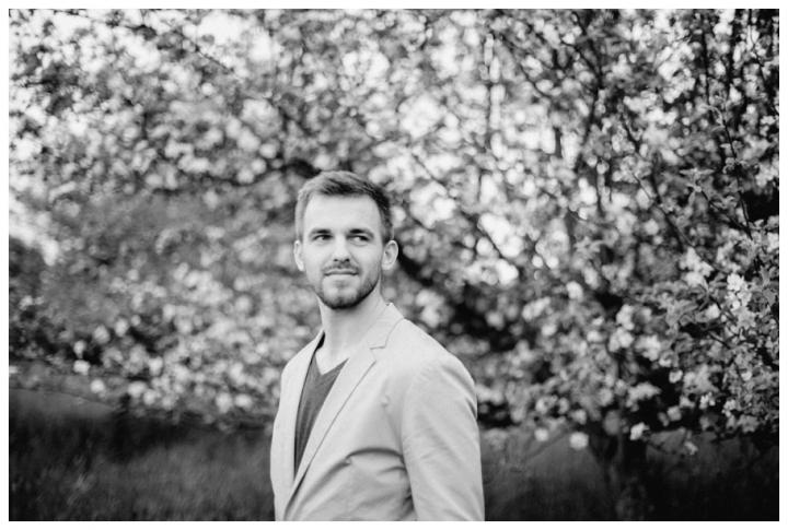 After-Wedding-Fotoshooting-Hannover-Kirsch-Apfelblütenbäume_0031